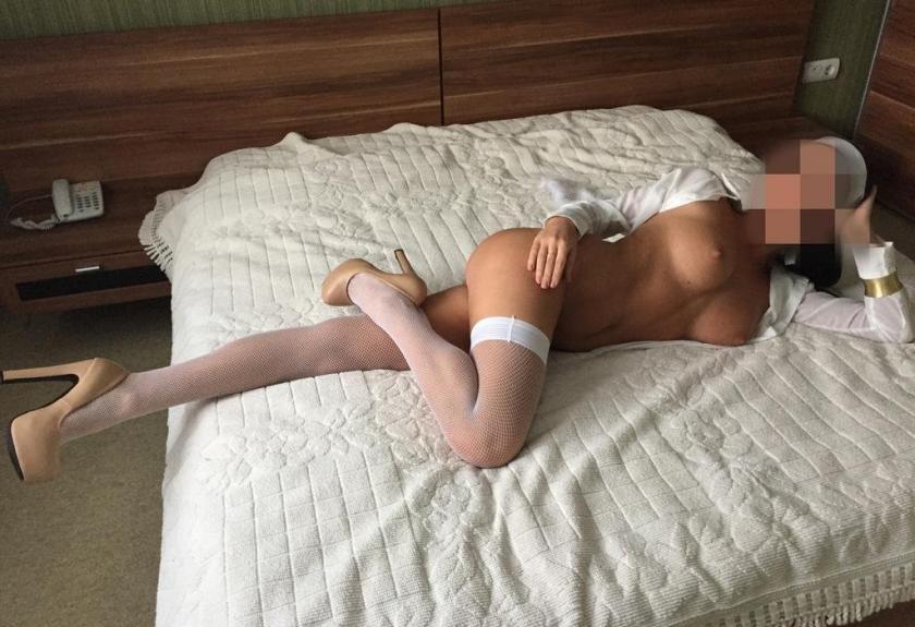 anusi-snyat-shlyuhu-na-kaluzhskoy-pro-seks